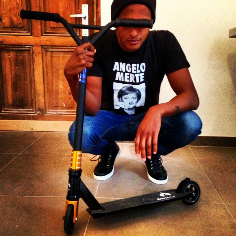 teddy stunt scooter. Black Bedroom Furniture Sets. Home Design Ideas